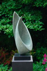 Earth Element - Stone Sculpture. Photo: Pinterest/Jan Van Der Laan Beeldan